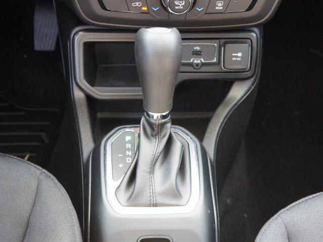 jeep-renegade-2020-ZACNJABB0LPL31518-10.jpeg