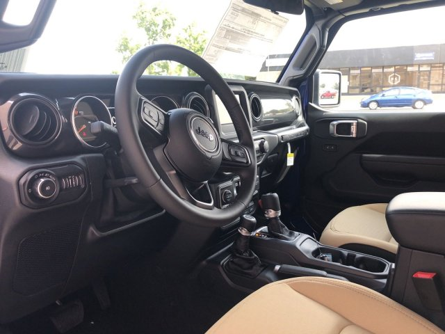 jeep-wrangler-2020-1C4GJXAG9LW133423-9.jpeg