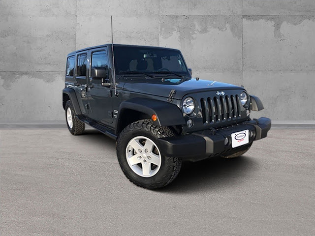 jeep-wrangler-unlimited-2017-1C4BJWDG0HL632555-1.jpeg