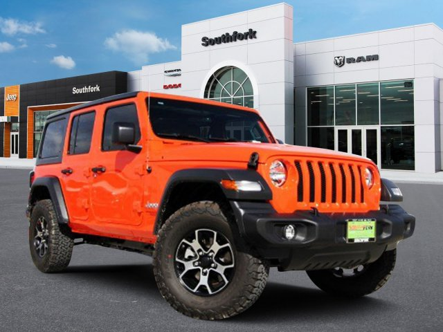 jeep-wrangler-unlimited-2018-1C4HJXDG0JW303925-1.jpeg