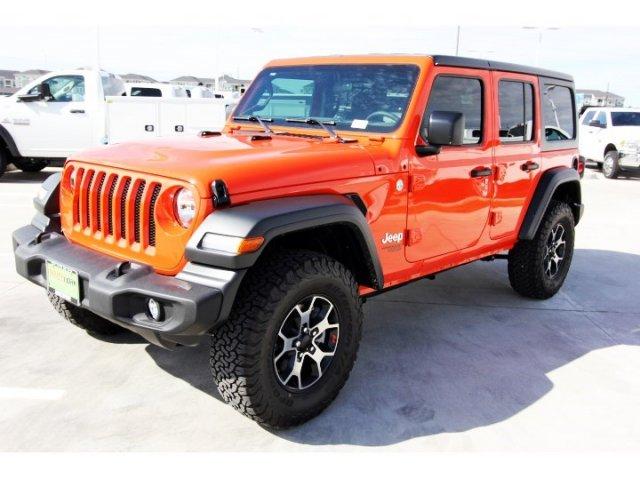 jeep-wrangler-unlimited-2018-1C4HJXDG0JW303925-3.jpeg