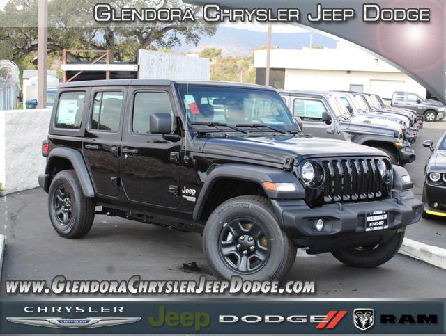 jeep-wrangler-unlimited-2020-1C4HJXDG0LW185619-1.jpeg