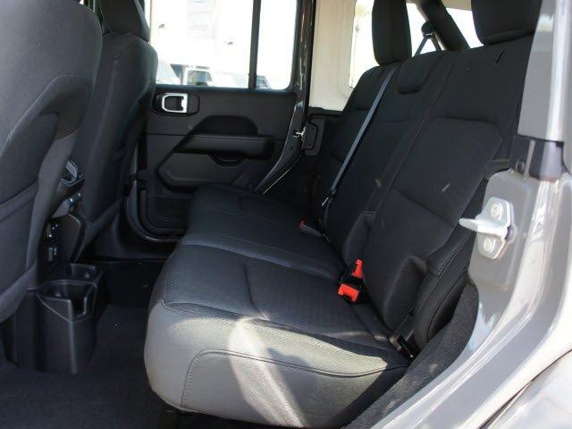 jeep-wrangler-unlimited-2020-1C4HJXEG4LW261678-8.jpeg