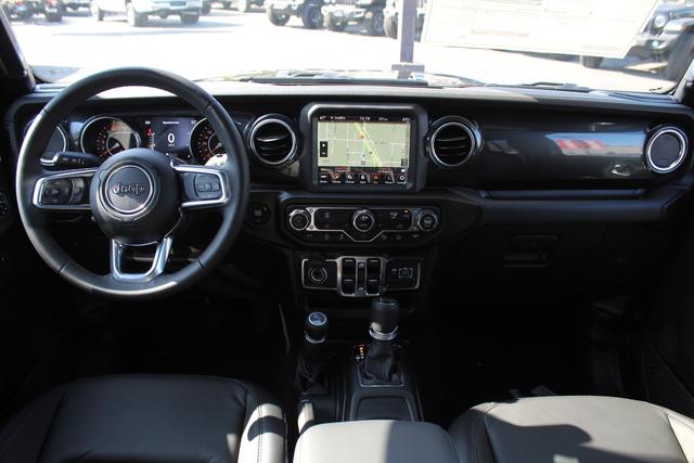 jeep-wrangler-unlimited-2020-1C4HJXEN3LW245678-10.jpeg