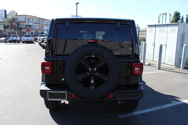 jeep-wrangler-unlimited-2020-1C4HJXEN7LW230830-3.jpeg