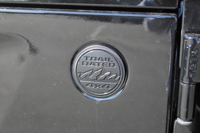 jeep-wrangler-unlimited-2020-1C4HJXEN7LW230830-7.jpeg