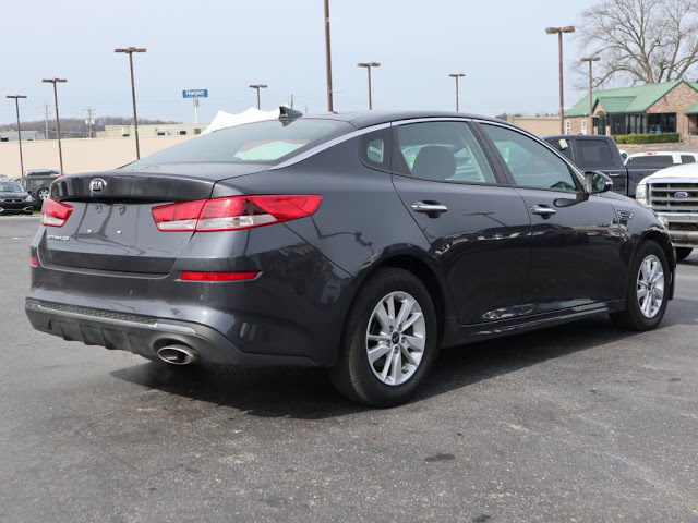 kia-optima-2019-5XXGT4L39KG279095-7.jpeg