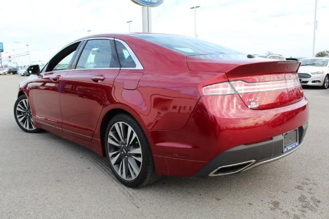 lincoln-mkz-2017-3LN6L5CC3HR657550-4.jpeg