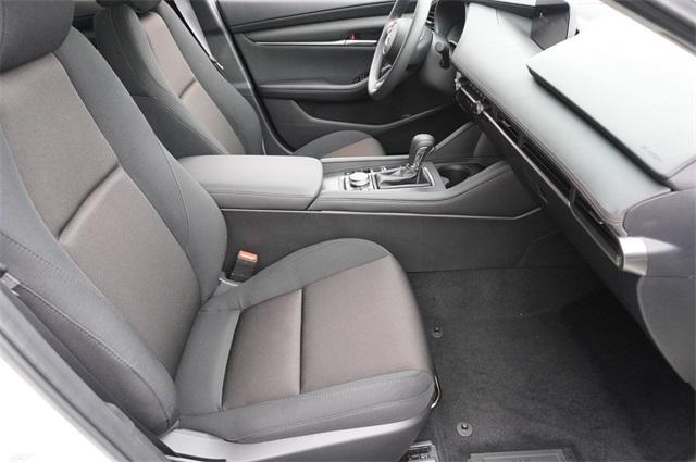 mazda-mazda3-sedan-2020-3MZBPABL8LM132505-10.jpeg