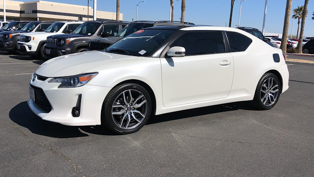 scion-tc-2016-JTKJF5C70GJ019993-8.jpeg
