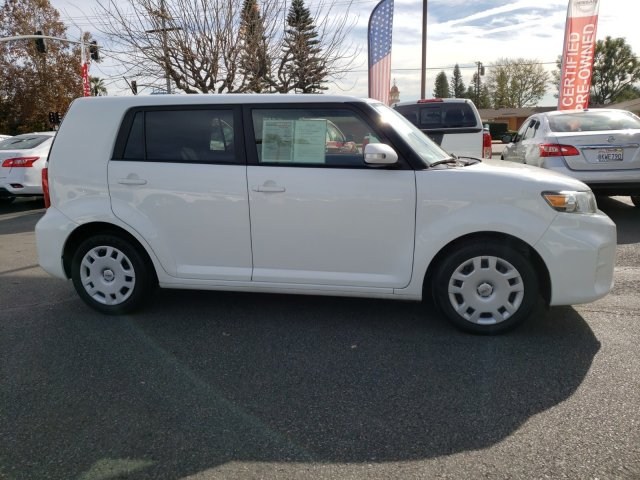 scion-xb-2015-JTLZE4FE6FJ078955-2.jpeg