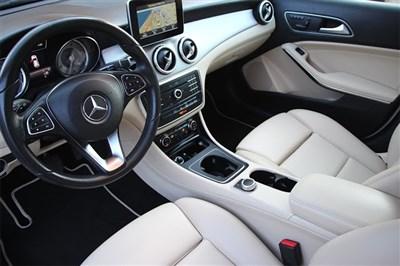Mercedes-Benz GLA 2017 WDCTG4EB3HJ332847