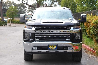 chevrolet-silverado-2500hd-2020-1GC4YPEY4LF144301-4.jpeg