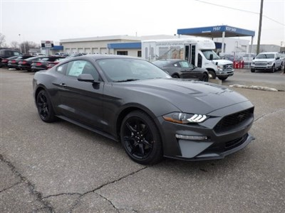 ford-mustang-2020-1FA6P8TH0L5129956-1.jpeg