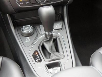 jeep-cherokee-2020-1C4PJMLB0LD585028-10.jpeg