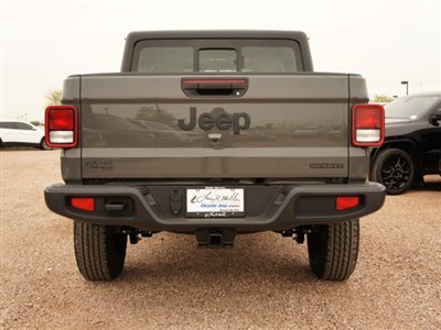 jeep-gladiator-2020-1C6HJTAG4LL173687-5.jpeg
