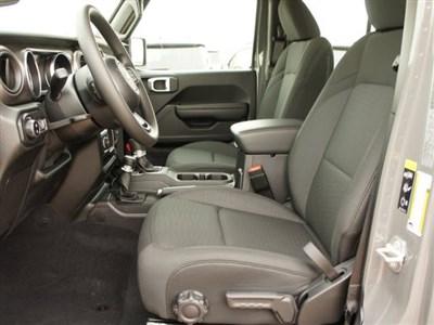 jeep-gladiator-2020-1C6HJTAG4LL173687-8.jpeg