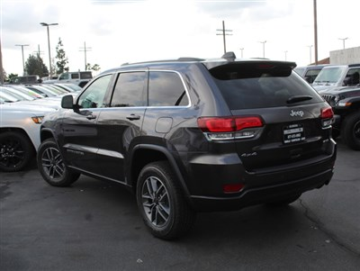 jeep-grand-cherokee-2020-1C4RJFAG6LC239557-3.jpeg