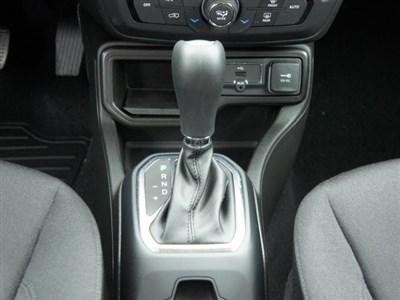jeep-renegade-2020-ZACNJABB7LPL10875-10.jpeg