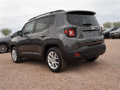 jeep-renegade-2020-ZACNJABB7LPL10875-4.jpeg