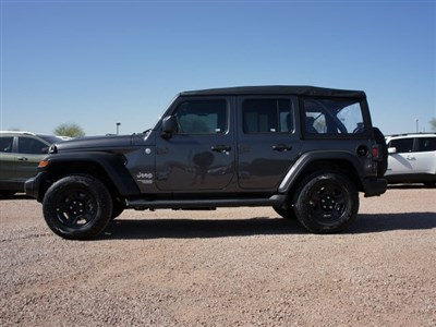 jeep-wrangler-unlimited-2020-1C4HJXDG8LW267985-3.jpeg