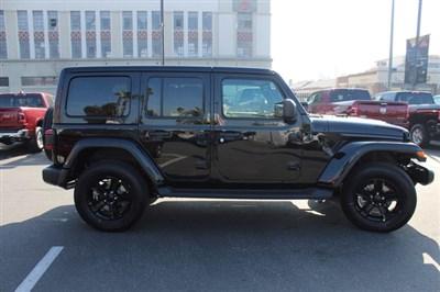 jeep-wrangler-unlimited-2020-1C4HJXEN3LW245678-4.jpeg