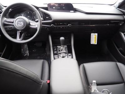 mazda-mazda3-hatchback-2019-JM1BPBMM4K1123911-10.jpeg