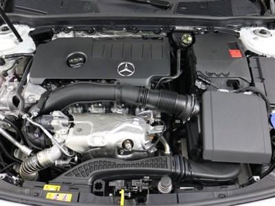 mercedes-benz-a-class-2020-WDD3G4EB5LW038633-3.jpeg