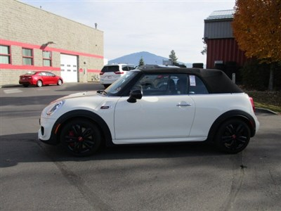 mini-convertible-2018-WMWWH9C57J3A78371-2.jpeg