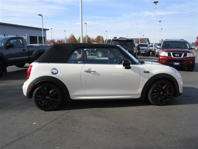 mini-convertible-2018-WMWWH9C57J3A78371-6.jpeg