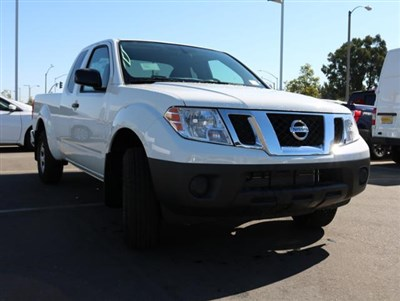 nissan-frontier-2019-1N6BD0CT3KN882545-3.jpeg