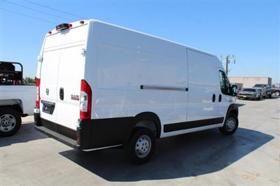 ram-promaster-cargo-van-2019-3C6URVJG9KE562111-4.jpeg