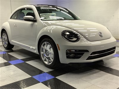 volkswagen-beetle-2019-3VWJD7AT3KM719265-1.jpeg