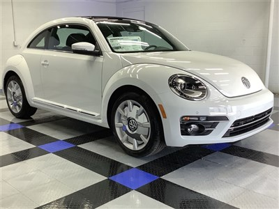 volkswagen-beetle-2019-3VWJD7AT3KM719265-2.jpeg