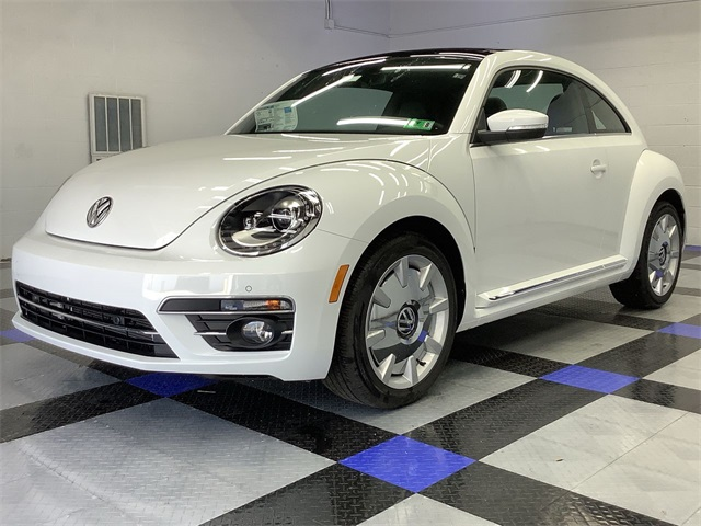 volkswagen-beetle-2019-3VWJD7AT3KM719265-3.jpeg