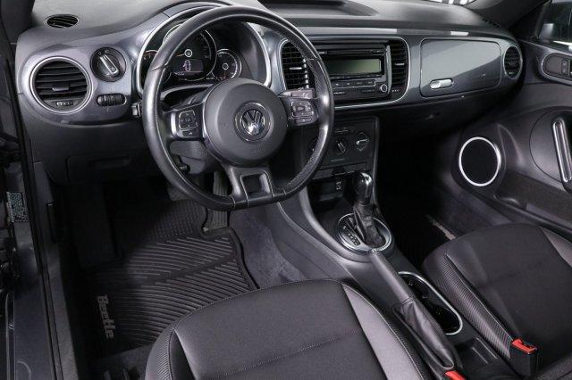 volkswagen-beetle-coupe-2014-3VWJP7AT7EM608889-10.jpeg
