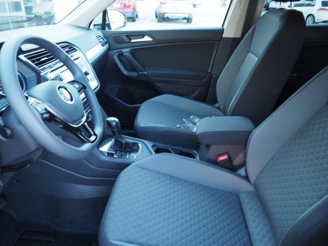 volkswagen-tiguan-2020-3VV1B7AX7LM035351-8.jpeg