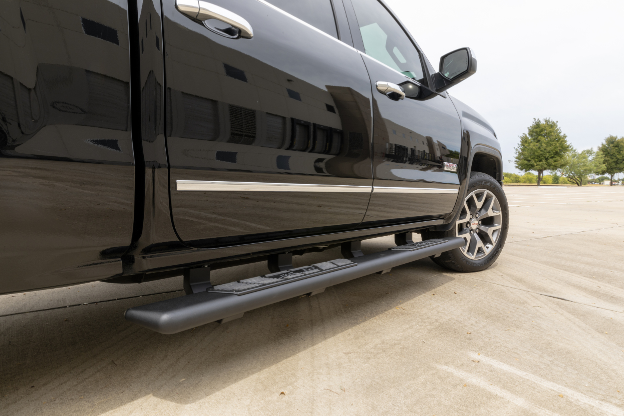 ARIES AscentStep™ running boards on GMC Sierra 1500