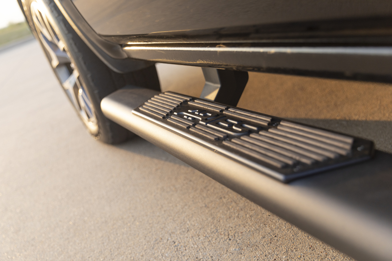 ARIES AscentStep™ running boards step pad