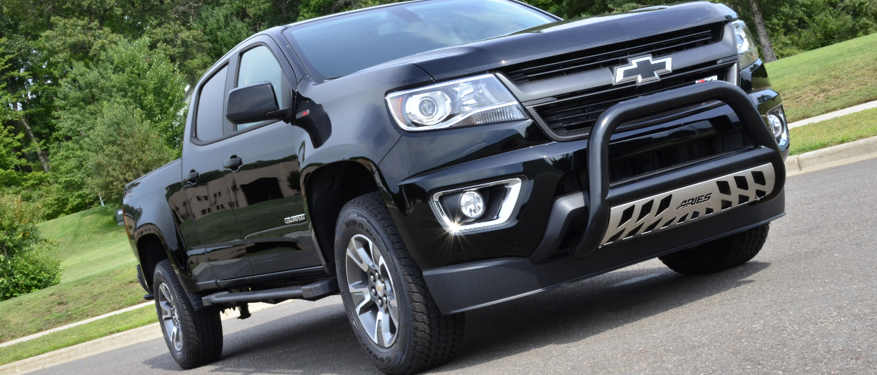 Black 2016 Chevrolet Colorado with ARIES 3-inch bull bar