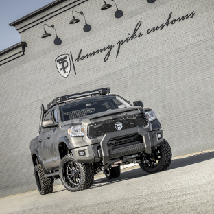 Tommy Pike Customs 2017 Toyota Tundra with ARIES AdvantEDGE truck bull bar