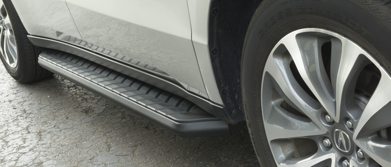 ARIES AeroTread® SUV running boards on Acura MDX