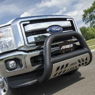 ARIES Big Horn black bull bar on Ford F350 Super Duty