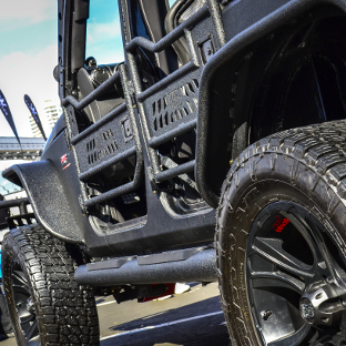 Custom 2008 Jeep Wrangler JK Unlimited with ARIES Big Step Jeep side bars