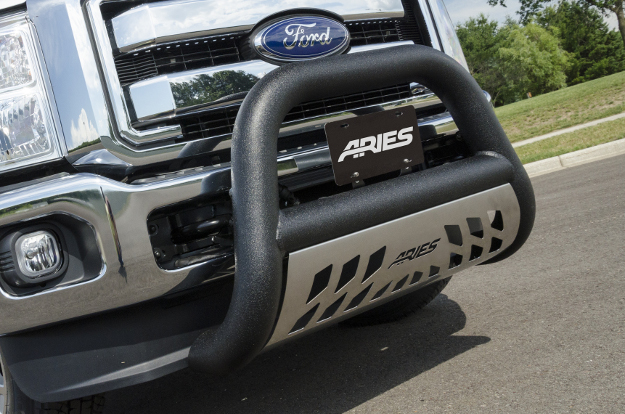 ARIES Big Horn™ truck bull bar on Ford truck