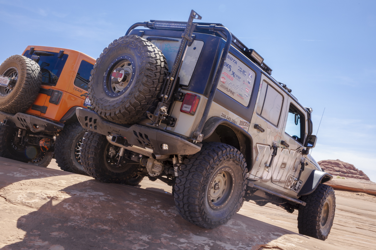 Learn About Jeep Wrangler Fender Flares From Aries Installing 2017 Desert Jk Unlimited Rock Crawler With