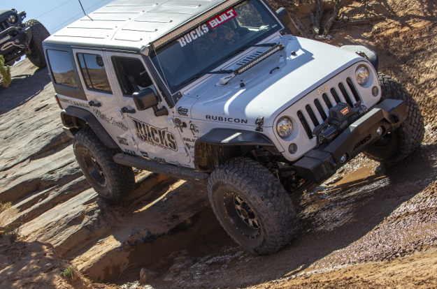 Offroad 2018 Jeep Wrangler JK Unlimited with ARIES Jeep fender flares and Jeep accessories