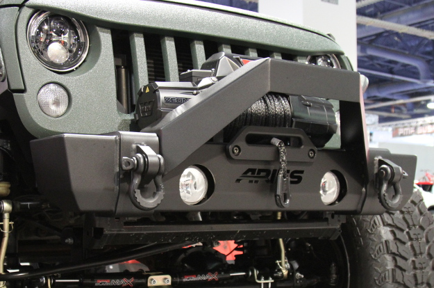 ARIES TrailCrusher® Jeep Wrangler bumper with winch and shackles