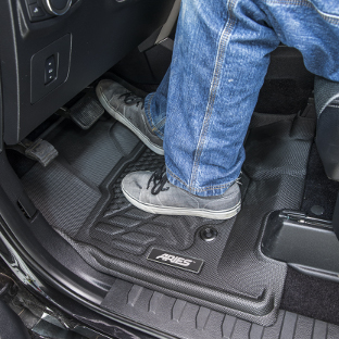 ARIES StyleGuard XD truck floor liners - jeans, shoes