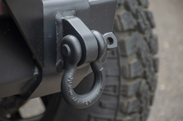 ARIES TrailCrusher® Jeep bumper shackle mount